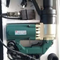 厂家专业生产系列: 定扭矩电动扳手