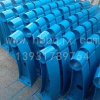 山东铸钢防撞护栏立柱生产厂家|泊泉机械制造|订做防撞护栏支架